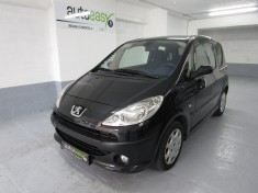 PEUGEOT 1007 1.4 HDI 70 DOLCE PACK Clim