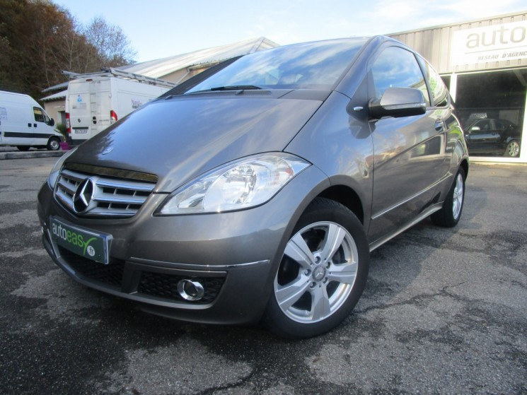 voiture mercedes classe a cdi a180 avantgarde 77 000 km occasion diesel 2009 77000 km. Black Bedroom Furniture Sets. Home Design Ideas