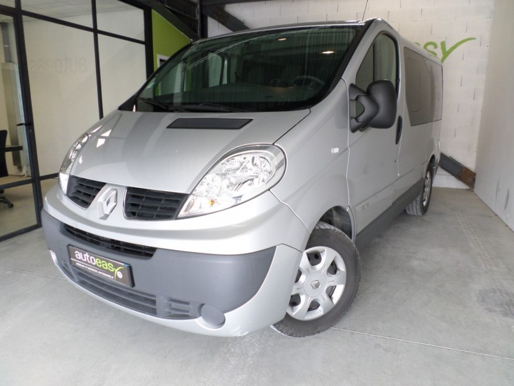 renault trafic passenger 2 0 dci 115 9pl exec gps autoeasy. Black Bedroom Furniture Sets. Home Design Ideas