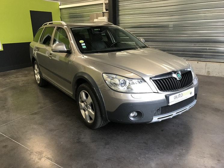 skoda octavia scout 4x4 tdi 140 dsg elegance autoeasy. Black Bedroom Furniture Sets. Home Design Ideas