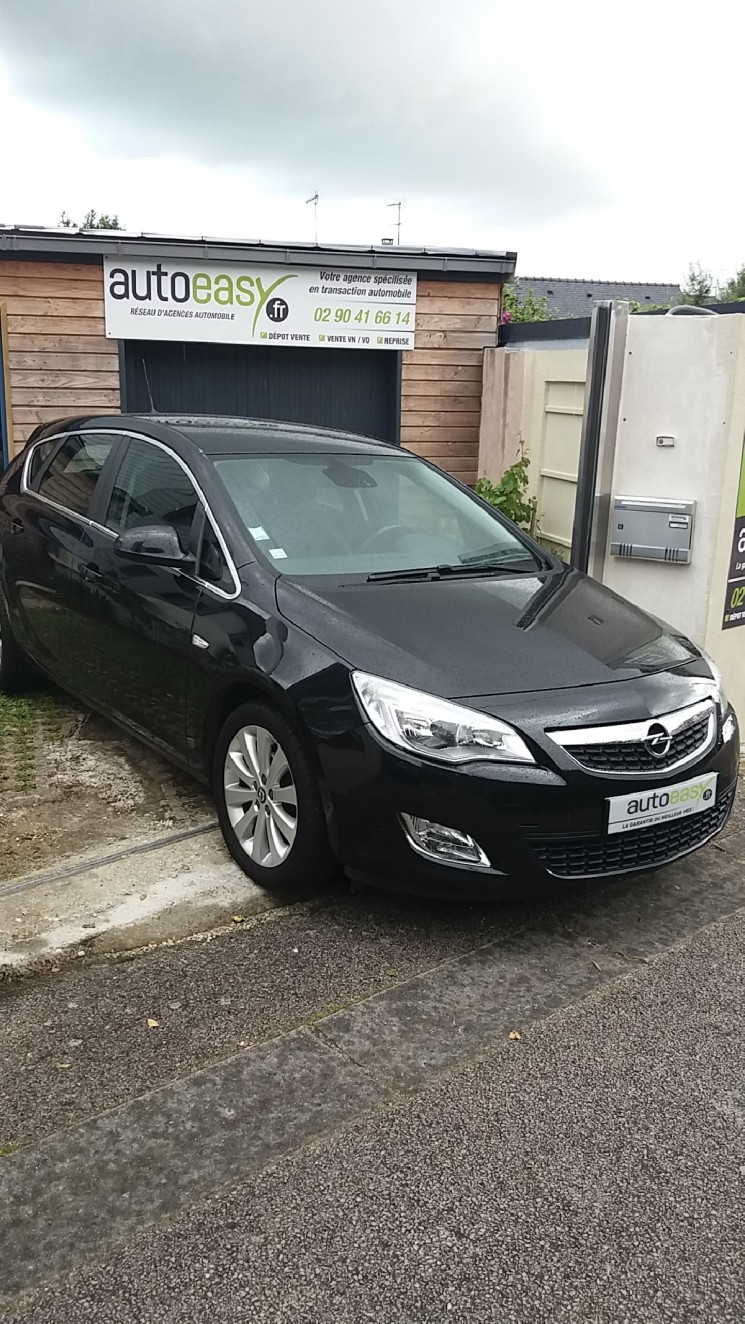 voiture opel astra 1 4 i turbo 16v 140 cv cosmo occasion essence 2011 38656 km 8990. Black Bedroom Furniture Sets. Home Design Ideas