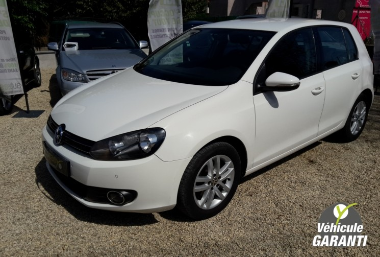 voiture volkswagen golf 6 vi 1 6 tdi 105 confortline occasion diesel 2011 68000 km 10990. Black Bedroom Furniture Sets. Home Design Ideas