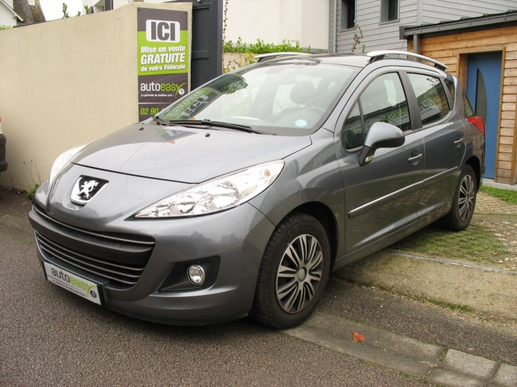 voiture peugeot 207 1 6 vti 120 premium bva 5p 75000 km sw occasion essence 2011 75000 km. Black Bedroom Furniture Sets. Home Design Ideas