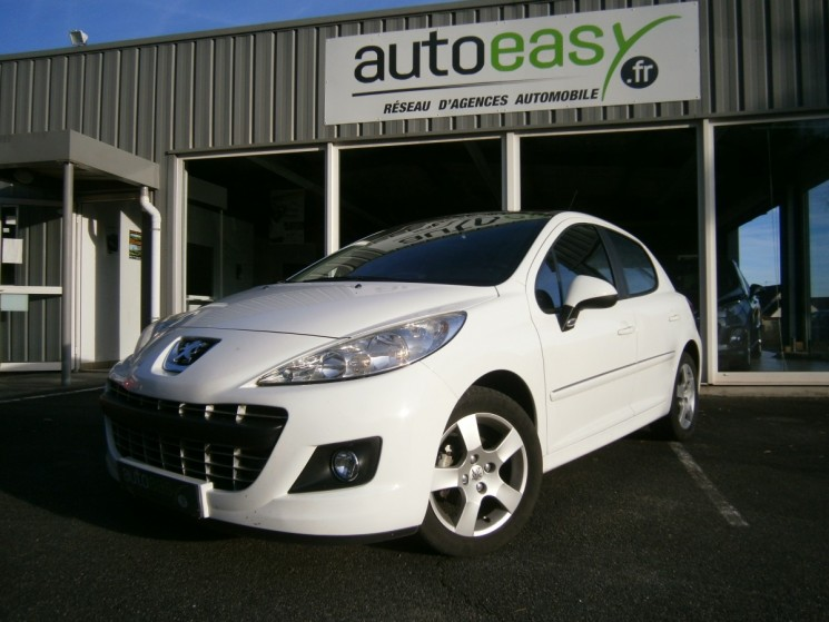 peugeot 207 1 6 hdi 92 allure 59000km 1 re main autoeasy. Black Bedroom Furniture Sets. Home Design Ideas