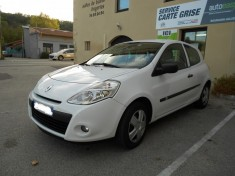 RENAULT CLIO III 1.5 dCi 75 ch 5 PLACES CLIM