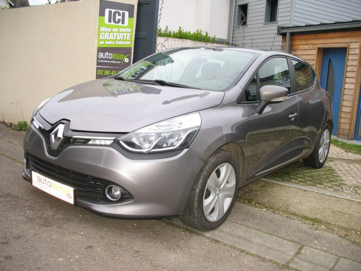 renault clio 1 5 dci 90 s s km gps business autoeasy. Black Bedroom Furniture Sets. Home Design Ideas