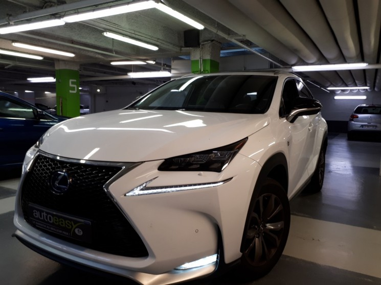 voiture lexus nx 300 h hybrid 4wd f sport occasion 2017 19800 km 44990 nice alpes. Black Bedroom Furniture Sets. Home Design Ideas