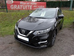 nissan qashqai 1 5 dci 110 ch n connecta autoeasy. Black Bedroom Furniture Sets. Home Design Ideas