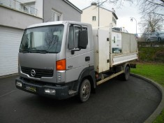NISSAN ATLEON 35.15 CHASSIS benne et coffre