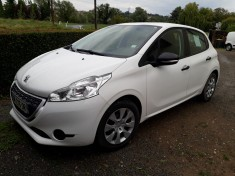 PEUGEOT 208 1.4 hdi 68 transformable 5 places