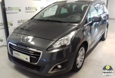 PEUGEOT 5008 1.6 HDi 115 Ch ALLURE 7 Places