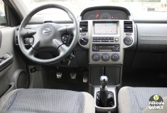 NISSAN X-TRAIL Phase 2 2.2 dCi 4x4 136cv Colombia