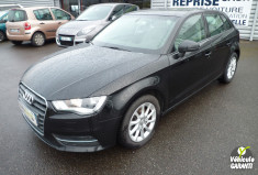 AUDI A3 1.6 TDI 105 CV ATTRACTION