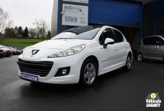 PEUGEOT 207 1.6 HDI 90 CH Millesime 2000 Toit pano