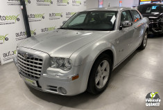 CHRYSLER 300C 2.7 V6 175 Ch BERLINE 1°MAIN